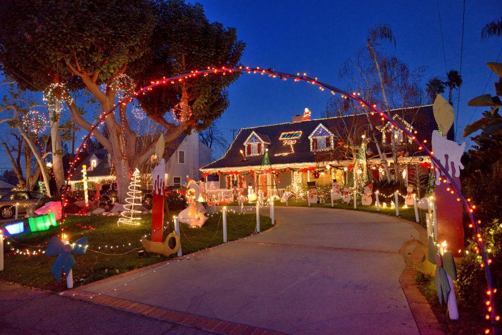 Sierra-Madre-California-christmas
