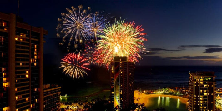 Celebrate the New Year's eve in Honolulu, Hawaii